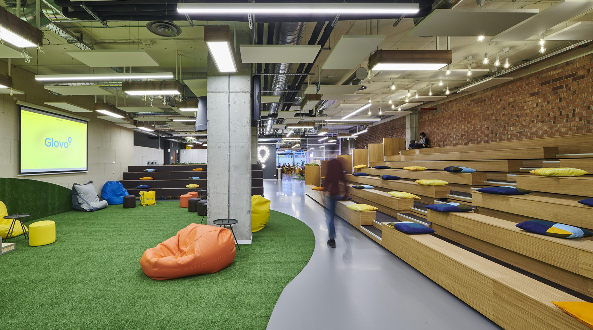 Flexible meeting space at Glovo's offices in Barcelona, Spain, tetris-db