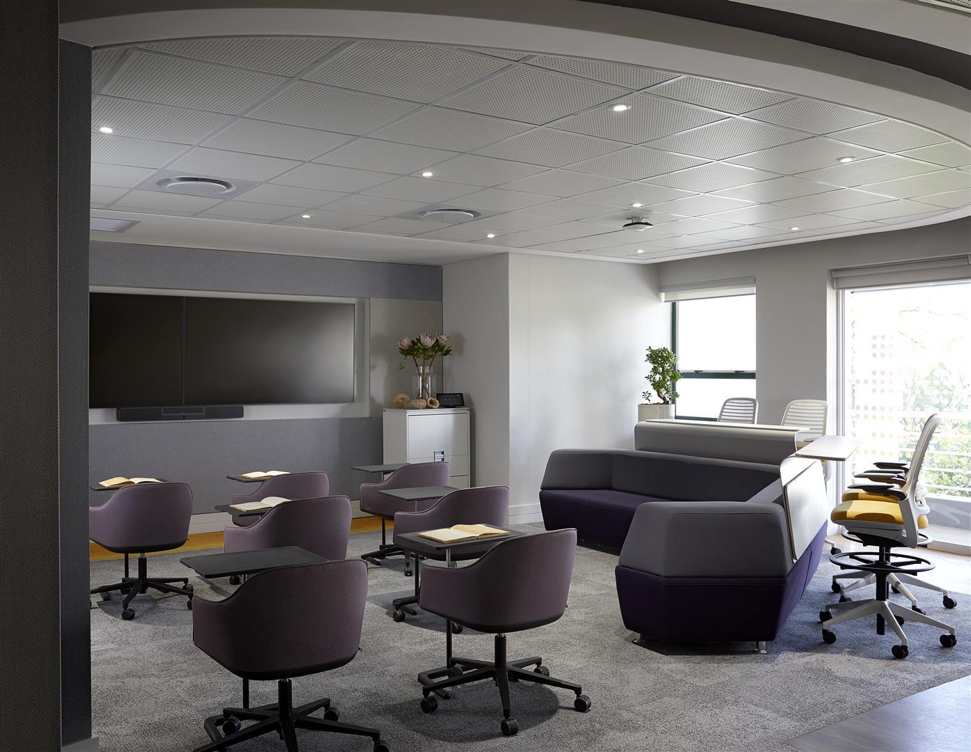 Espaço de formação multi-funcional no campus da SAP em Joanesburgo, África do Sul.