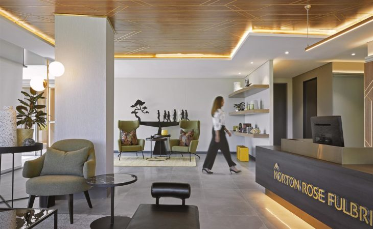 Elegant light-filled space for global law firm