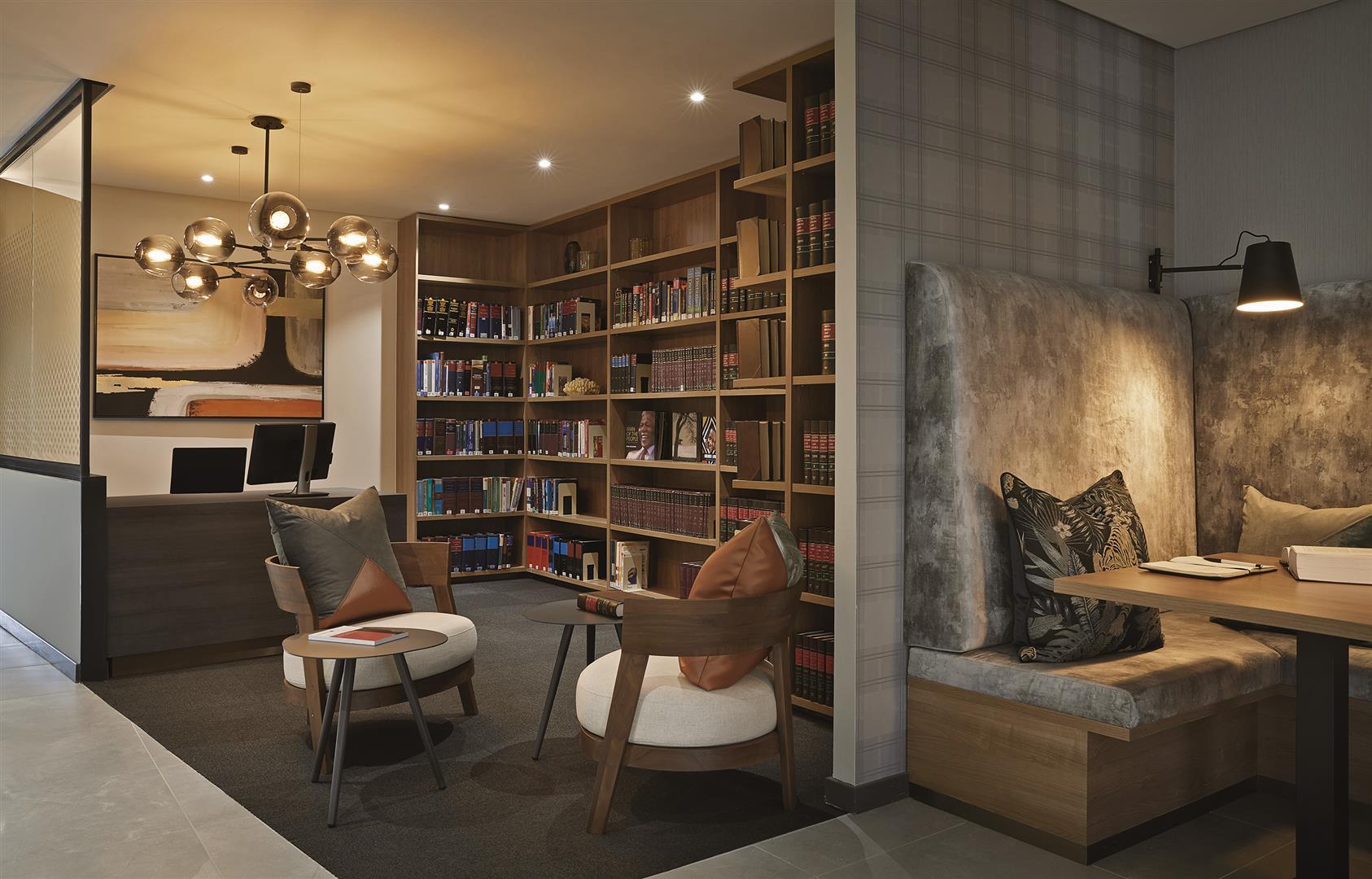 Biblioteca nos escritórios de Norton Rose Fulbright na Cidade do Cabo, África do Sul